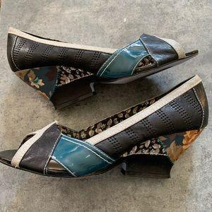 "Bobbi Blu leather ""Paige"" retro/pin-up heels"